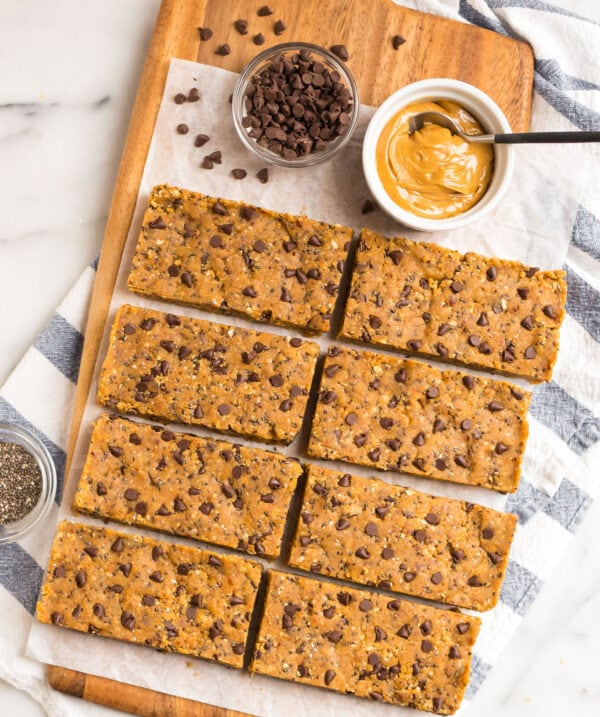Protein bars made with peanut butter, chocolate chips, and chia seeds