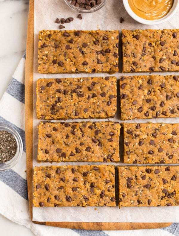 Eight delicious and healthy snack bars made with wholesome ingredients