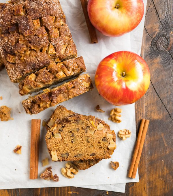 Healthy cinnamon apple bread recipe made with applesauce and apples