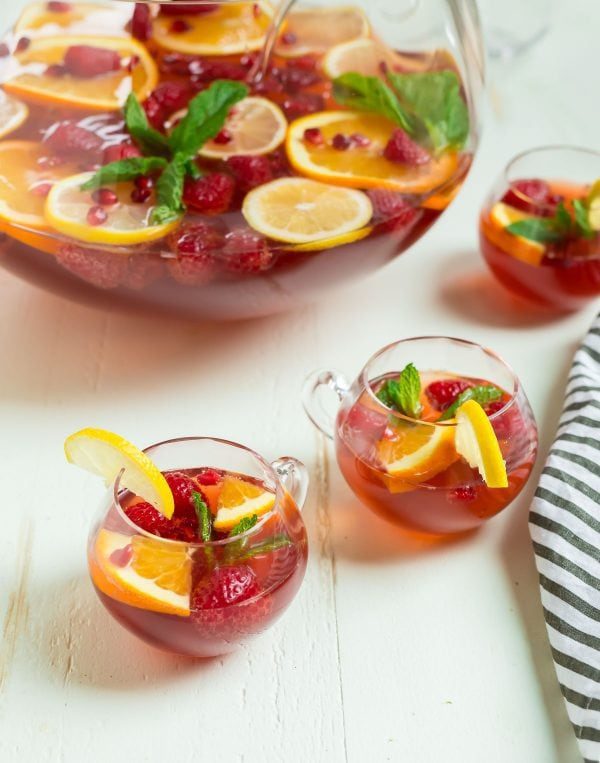 Easy Champagne Punch. Perfect for holiday parties, Christmas, and New Years!