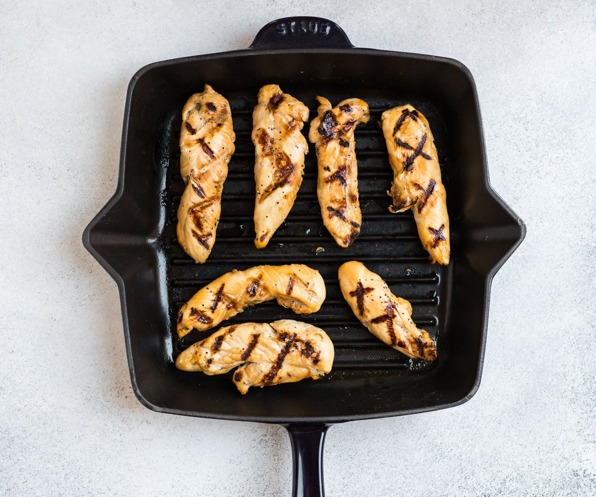 Easy grilled chicken tenders in a grill pan