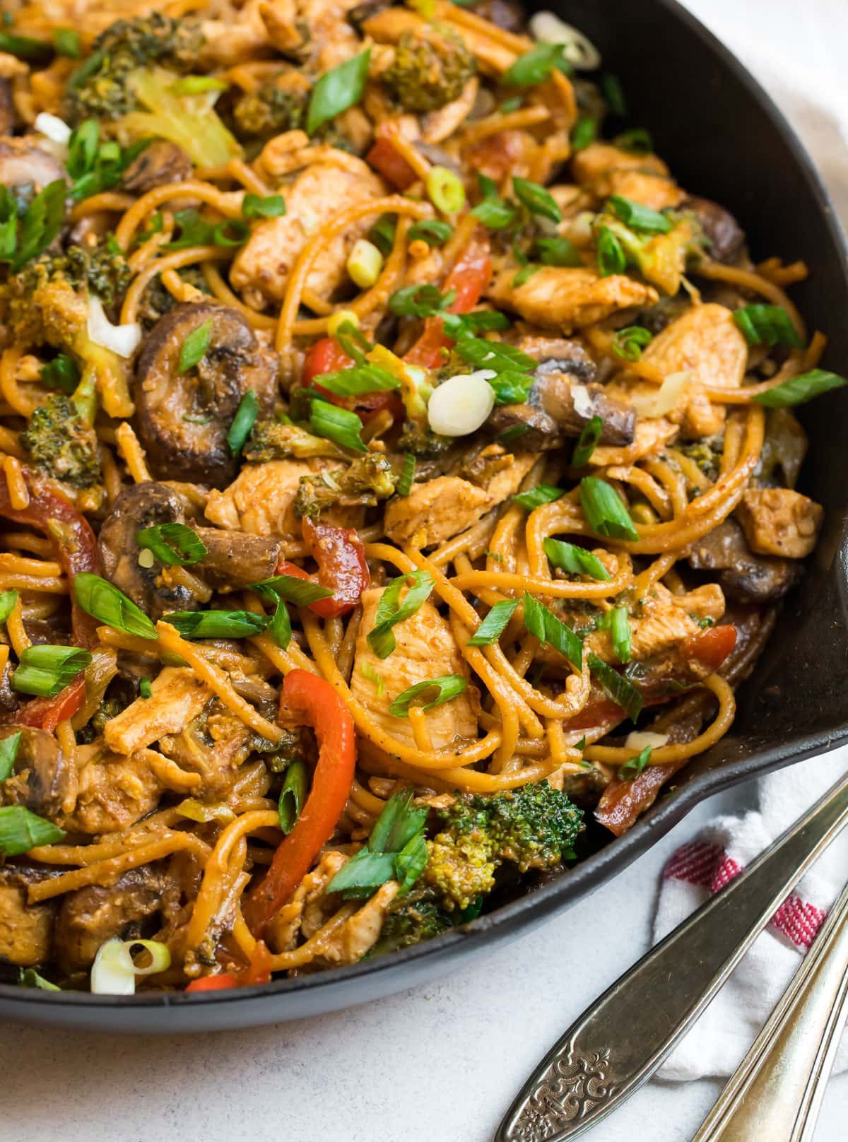 Easy noodle stir fry with veggies