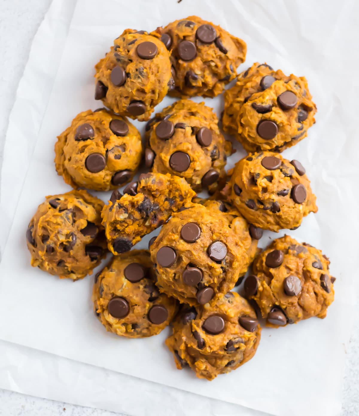Healthy pumpkin cookies with chocolate chips