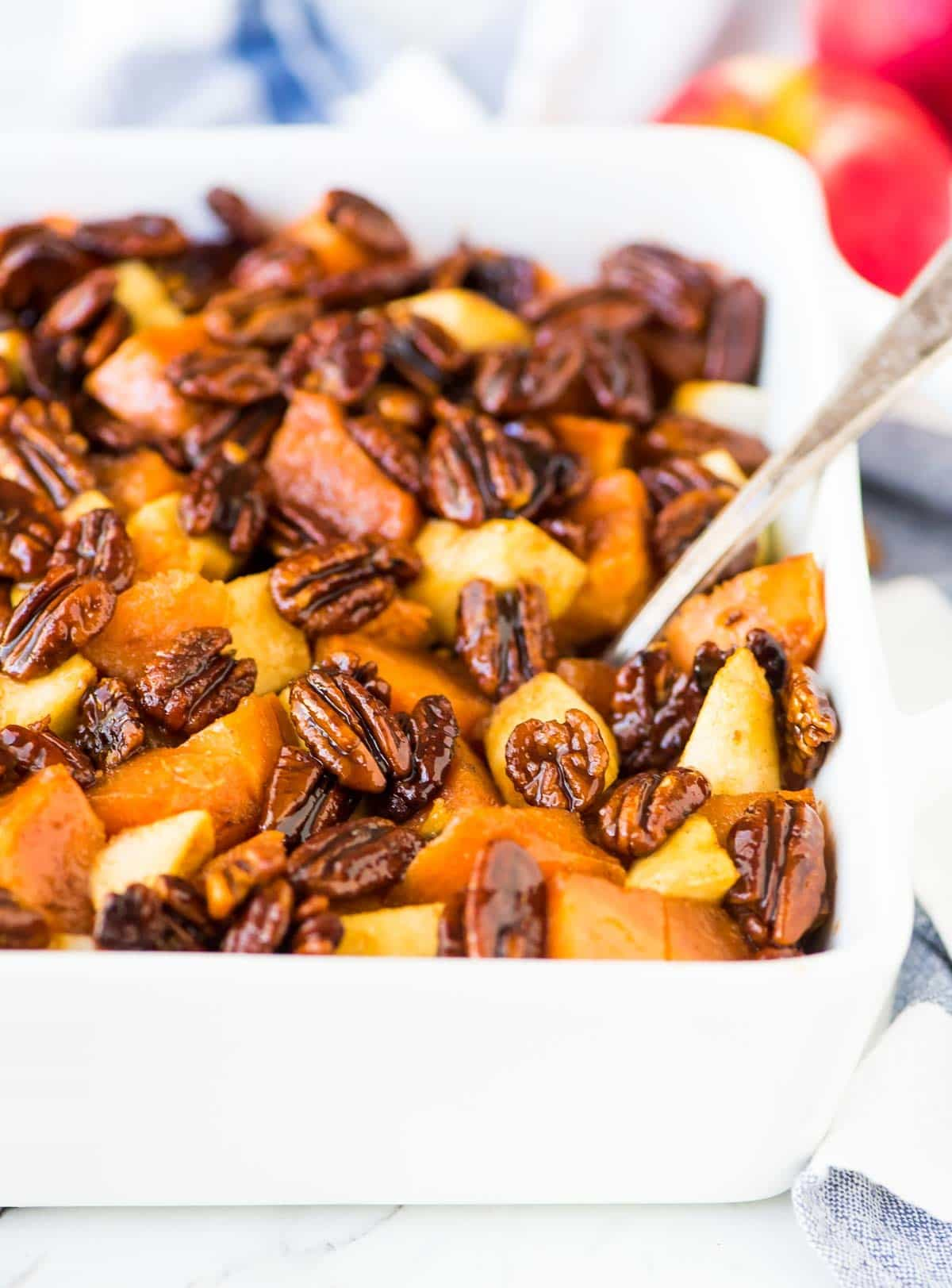 Thanksgiving sweet potatoes with pecans and apples