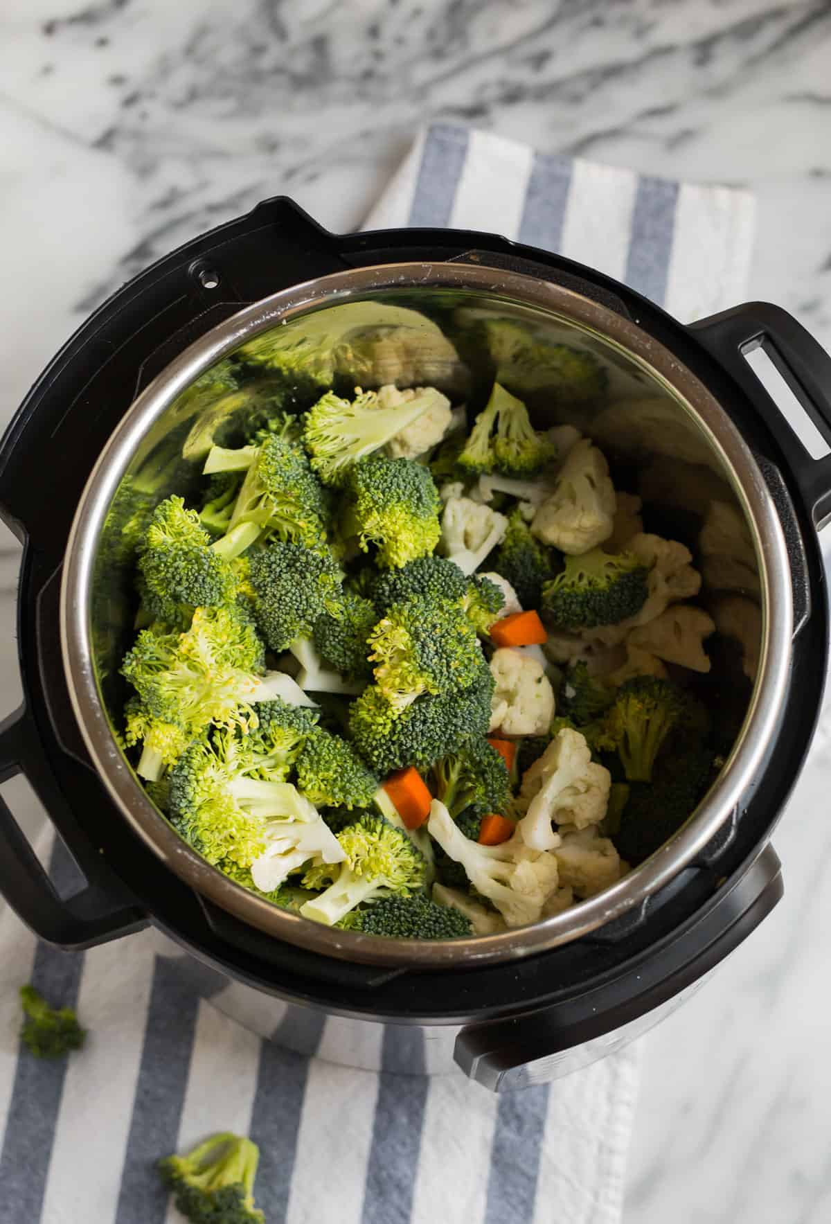 Vegetables in a pressure cooker
