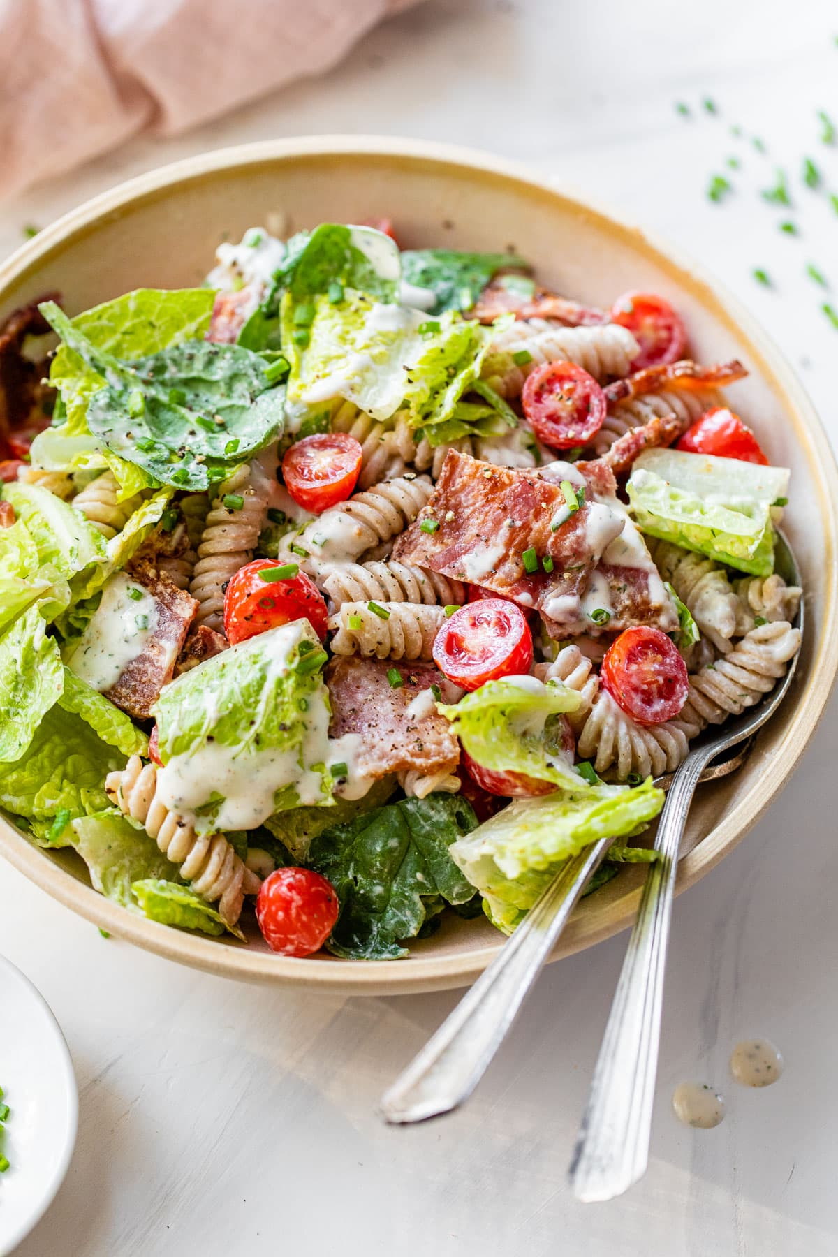 blt pasta salad with spinach