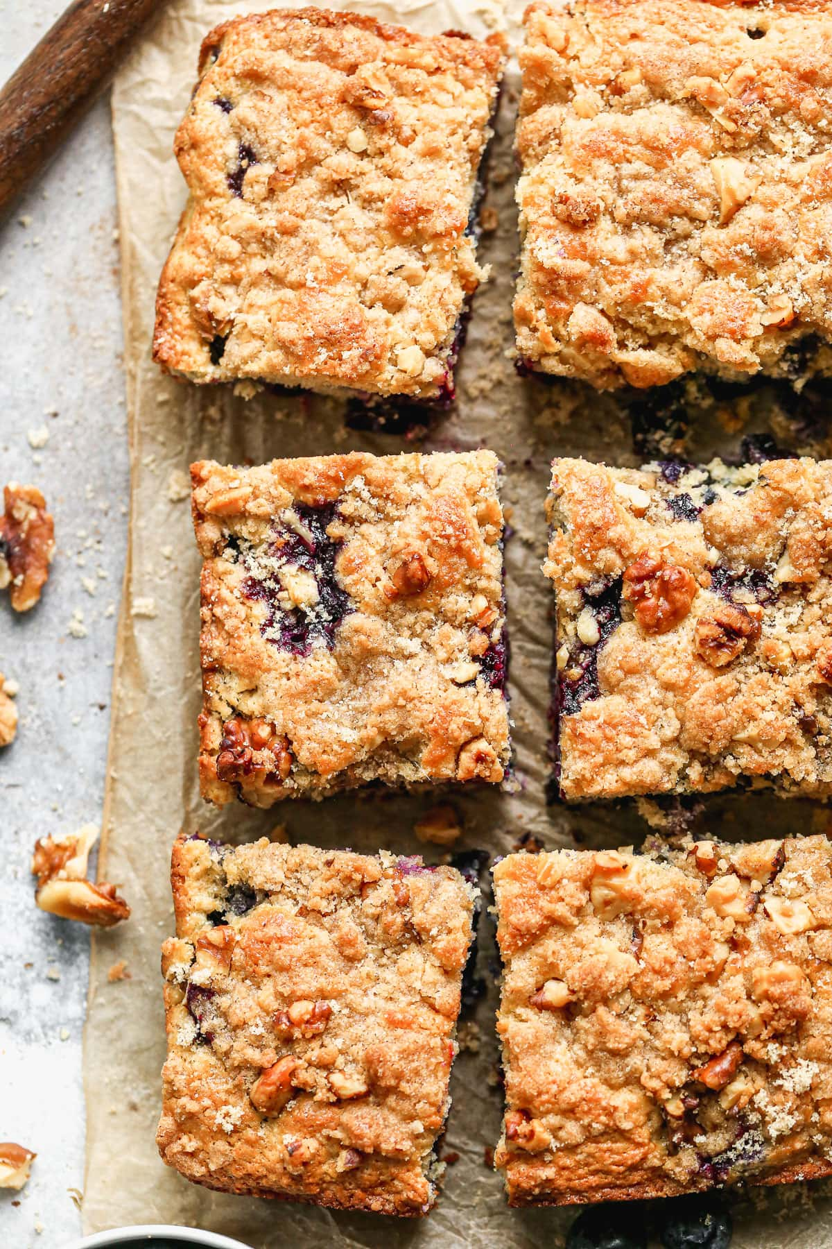 blueberry buckle with streusel topping