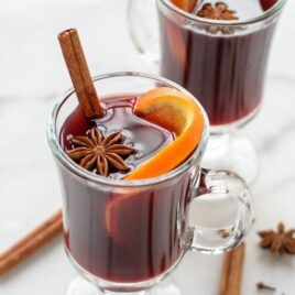 mugs of Slow Cooker Spiced Wine